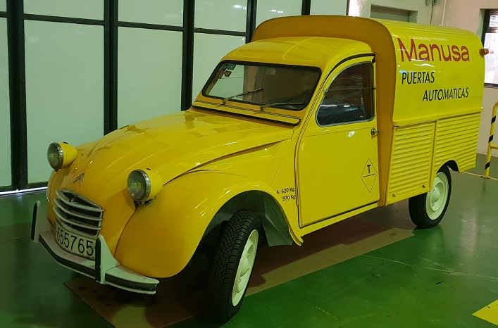 puertas-automaticas-manusa-furgoneta-2-caballos-2cv-citroen-historia
