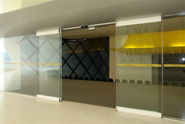 proyecto emblematico manusa puertas automaticas brasil automatic door proyect brazil