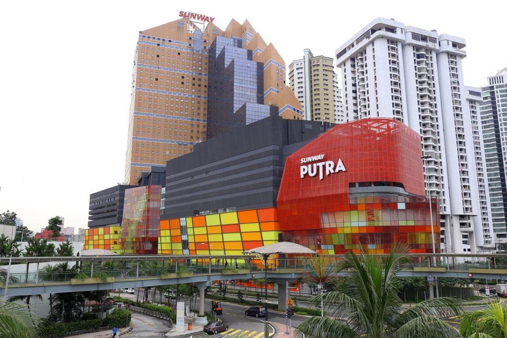 sunway putra malasia edificio building malaysia automatic doors puertas access manusa company retailer