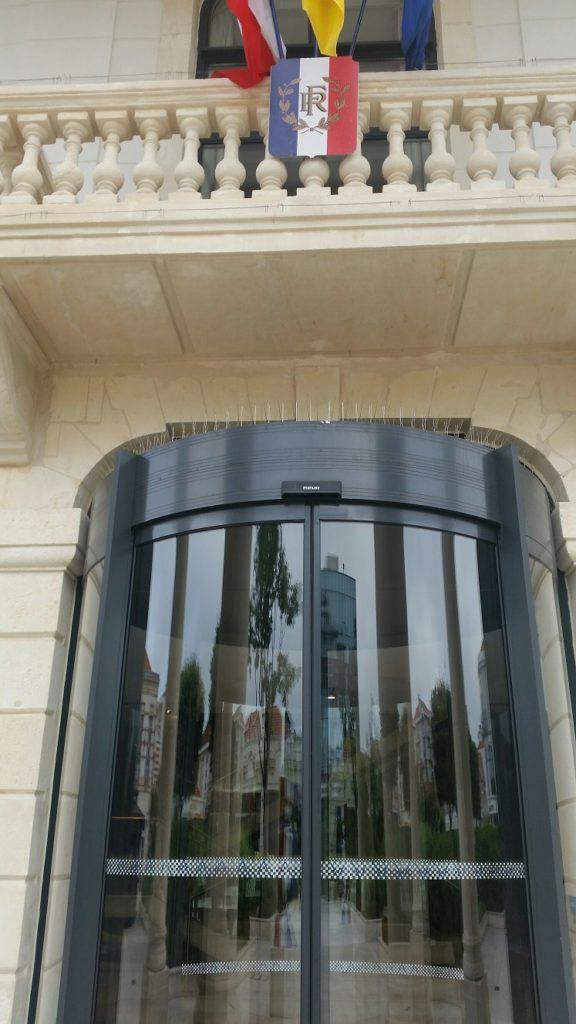 curved automatic sliding doors manusa france axed porte automatique