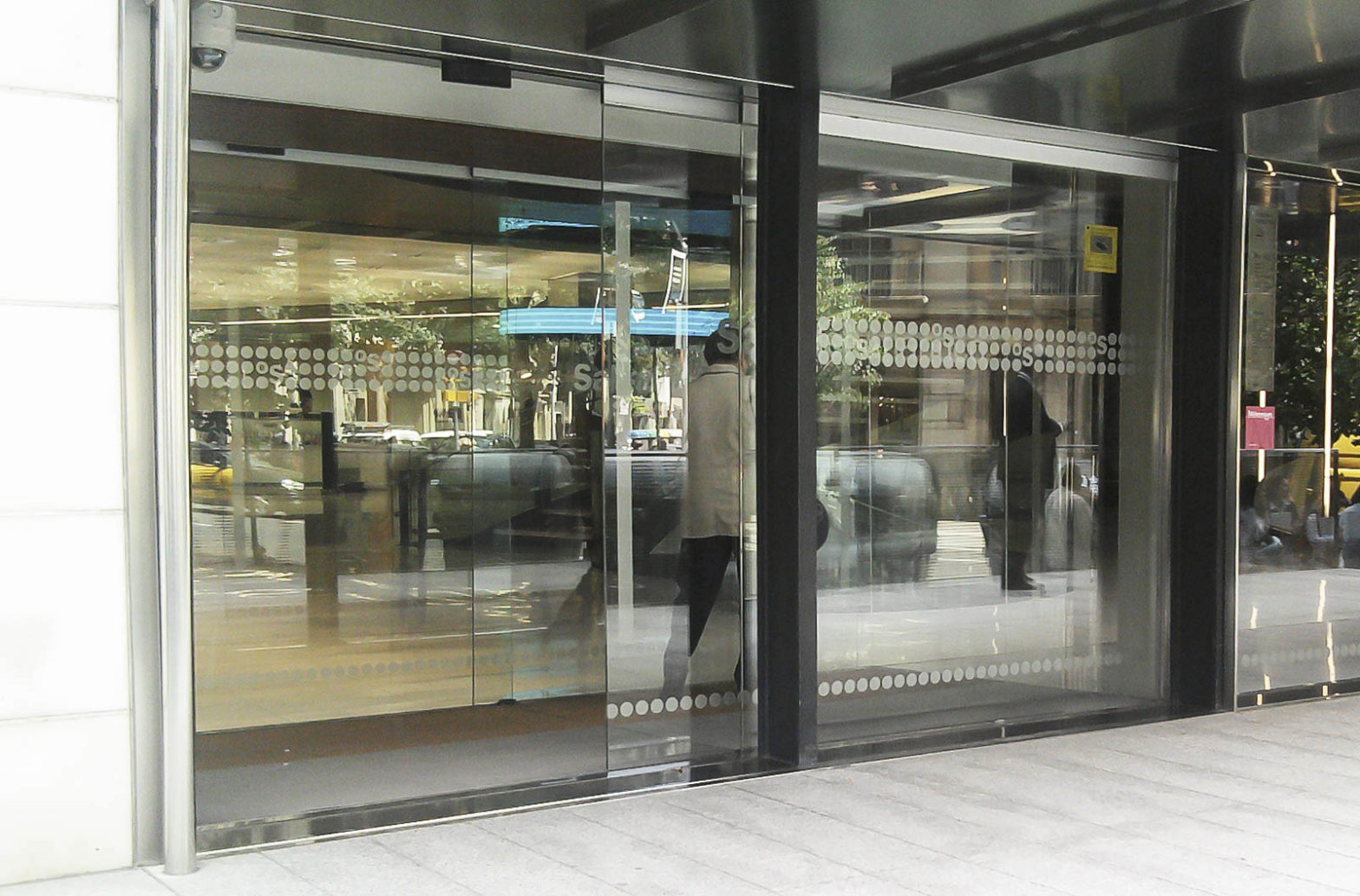 puerta automatica cristal blindado manusa