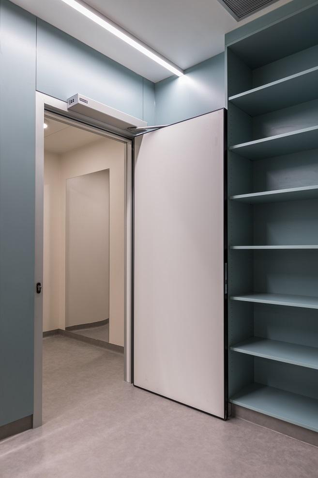 automatic door manusa swing puertas batientes abiertas oponed open puerta